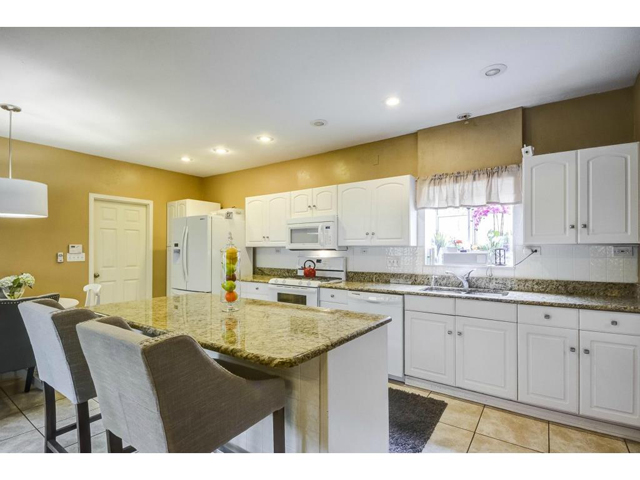4207 Camden Kitchen