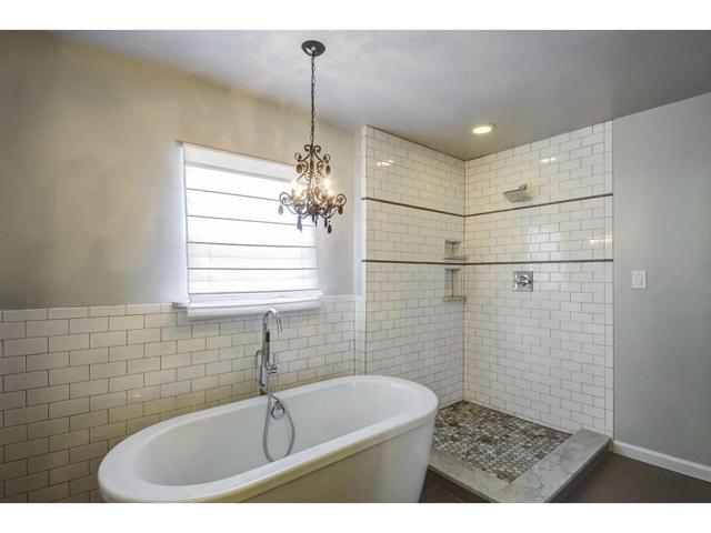 4207 Camden Master Bath 2