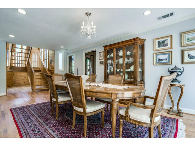 6426 Meadow Formal Dining 2