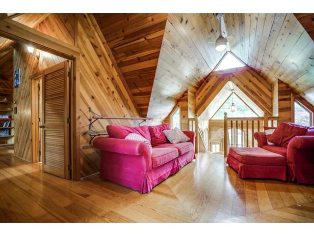 6426 Meadow Loft Sitting