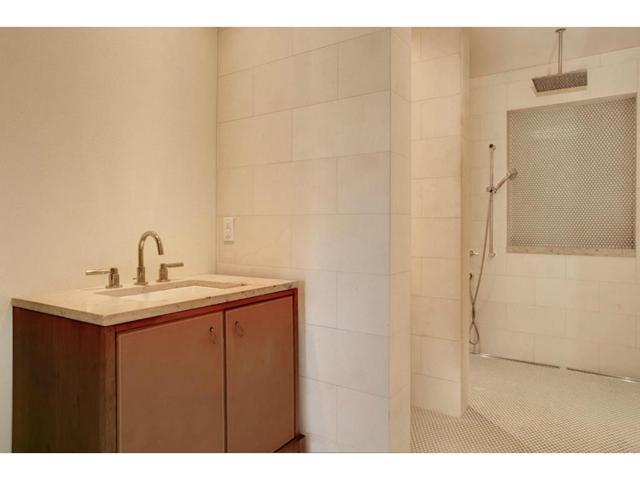 6624 Indian Creek Guest Bath