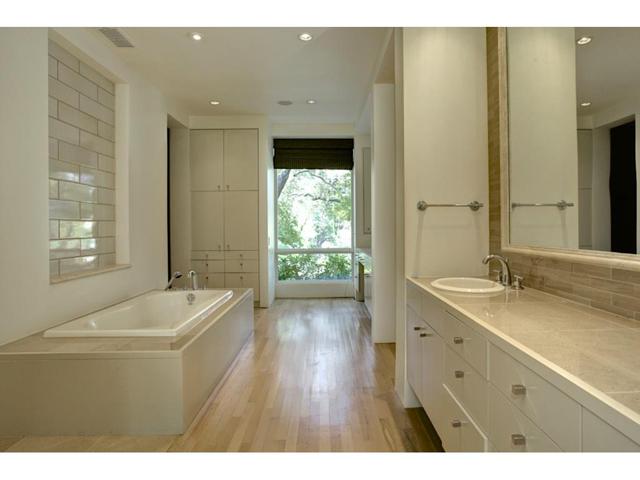6624 Indian Creek Master bath 1