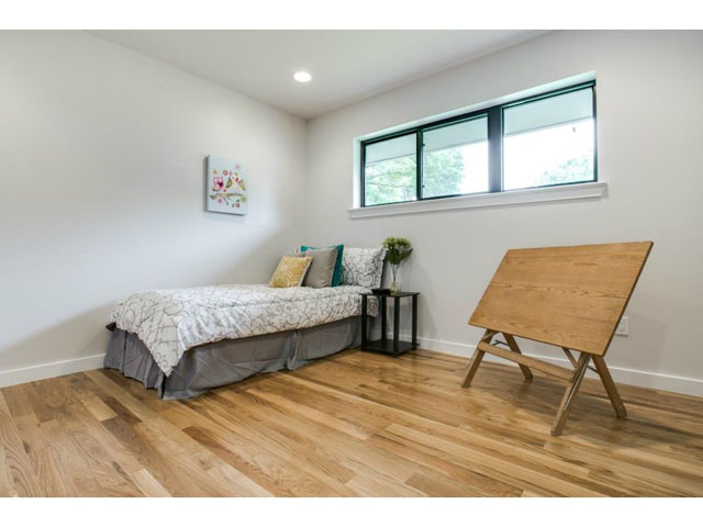 7701 Yamini Bedroom 3