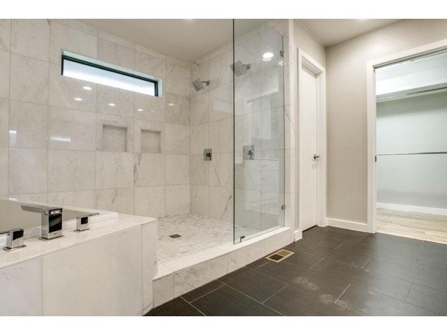 7701 Yamini Master Bath