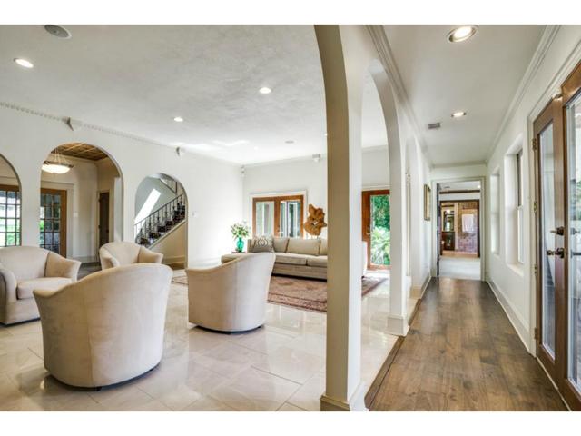 9706 Faircrest Hallway