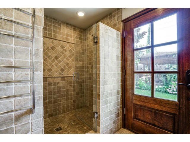 9706 Faircrest Master Bath Shower
