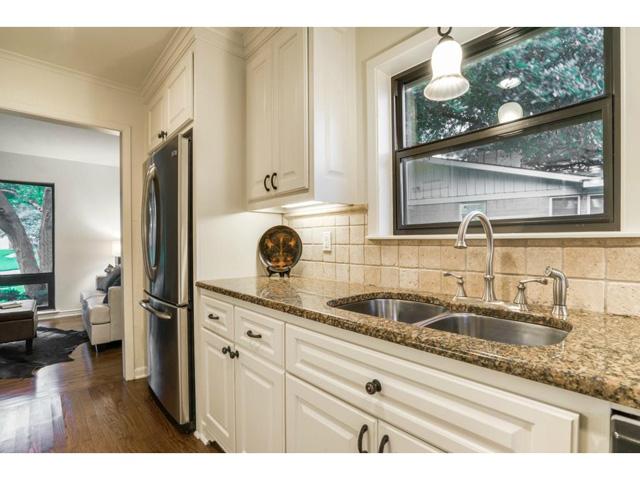 10882 Caprock Kitchen 2