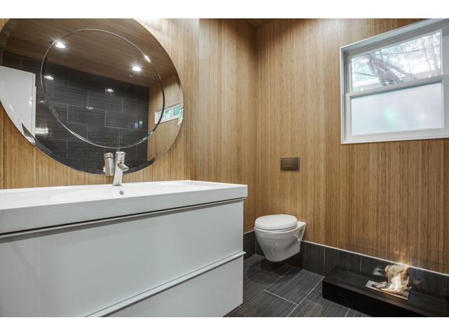 114 N. Edgefield Master bath