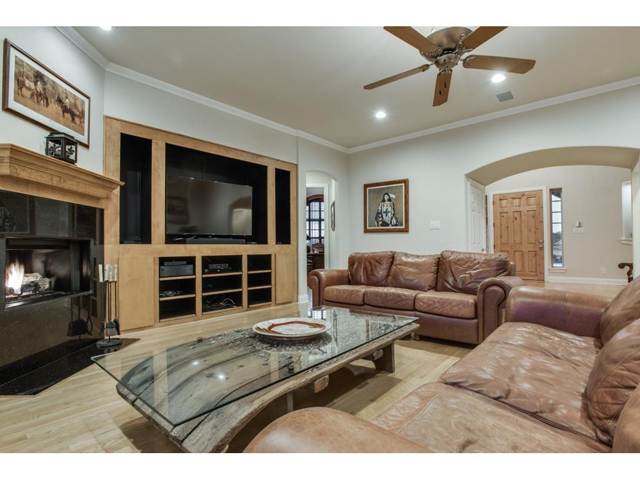 1222 Appaloosa Ct Family 2