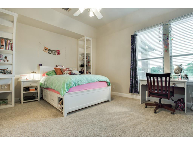 1222 Appaloosa Ct Girls Bed