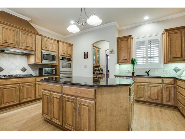 1222 Appaloosa Ct Kitchen