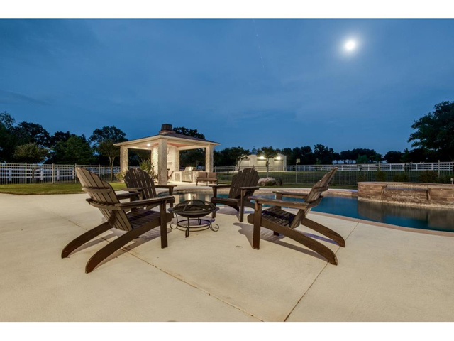 1222 Appaloosa Ct Patio