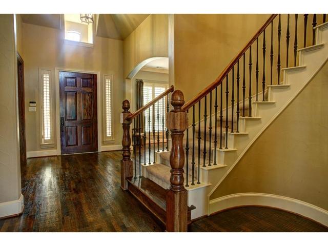1327 Rio Grande Foyer
