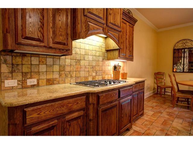 1327 Rio Grande Kitchen 3