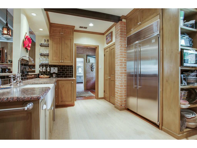 1920 W. Colorado Kitchen