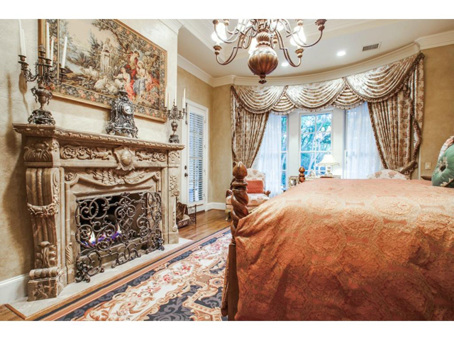 5009 Spanish Oaks Master Fireplace
