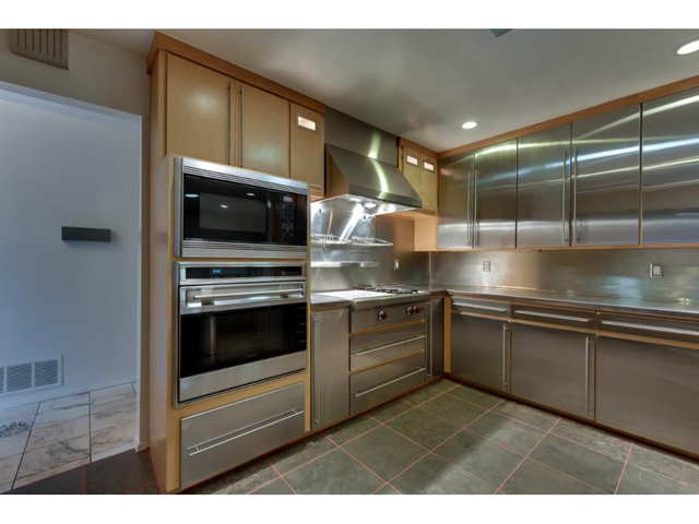 """Professional Kitchen: 36""""Wolf Gas rangetop with French topWolf b"""