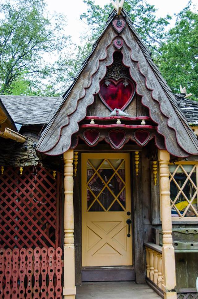 Swan House Door Detail