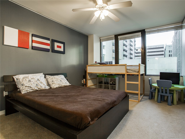 1200 Main #409 Kids Bed