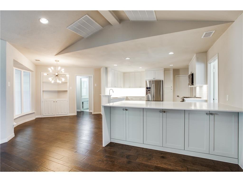 4242 Meadowdale kitchen 2