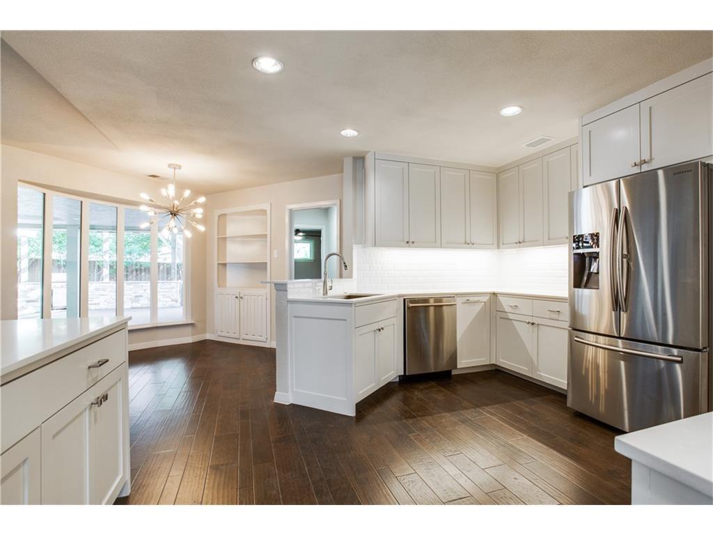 4242 Meadowdale kitchen 3