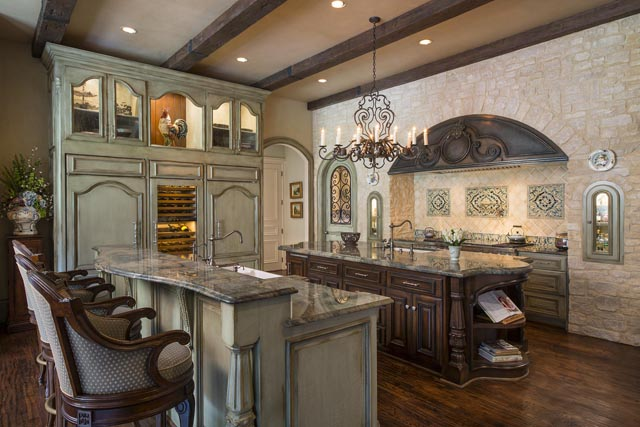 "Desco Fine Homes won the award for ""Best Kitchen Remodel"" in the $100,000-plus range."