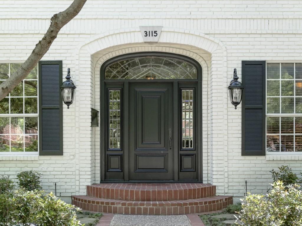 3115 Cornell front door