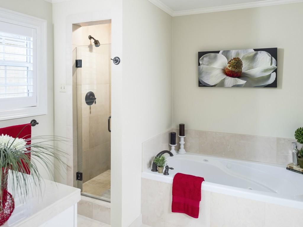3115 Cornell master bath
