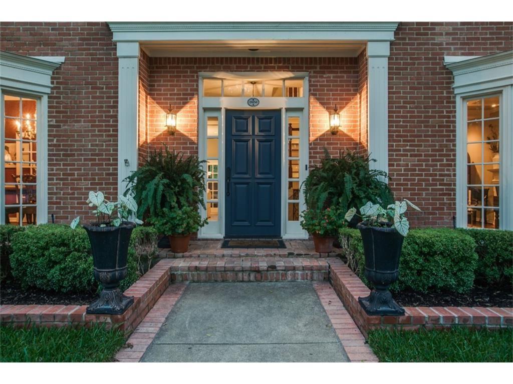 9634 Hilldale porch