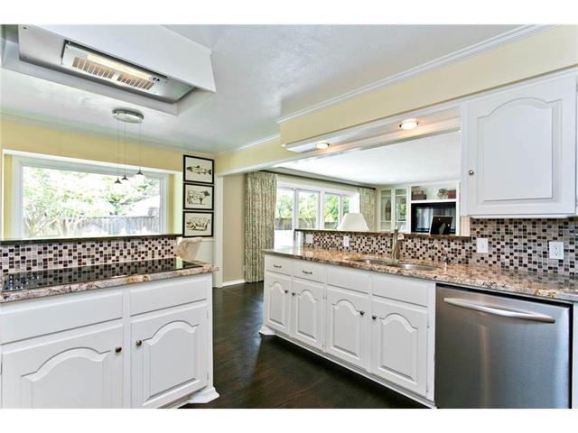 9722 Boedecker Kitchen 3
