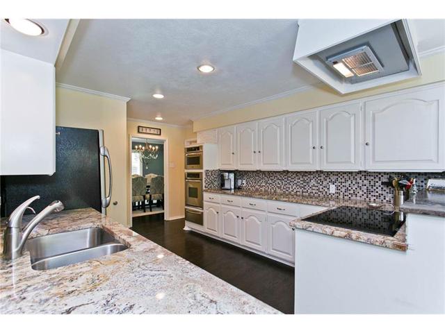 9722 Boedecker Kitchen