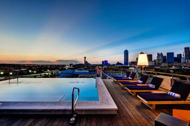 NYLO Rooftop Pool for Lounge Chair Lovelies