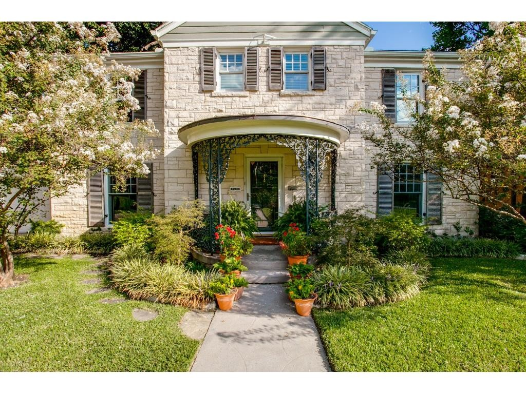 2910 Maple Springs cu front