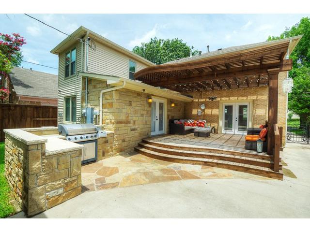 5830 Goodwin Backyard