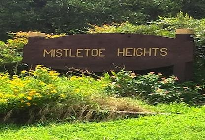 Mistletoe heights main sign