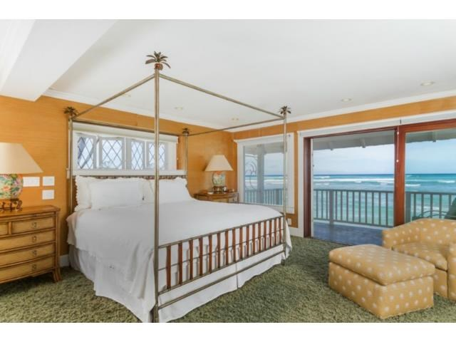 """At sea"" in the master bedroom"