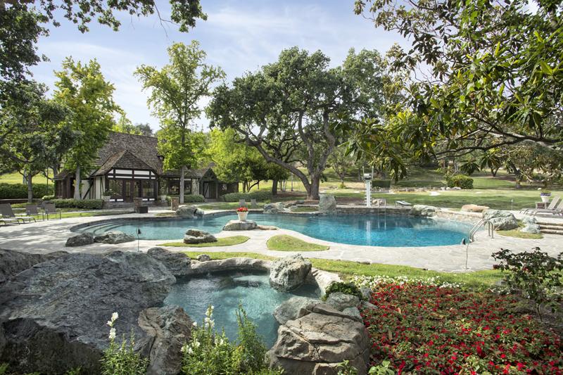 Neverland pools
