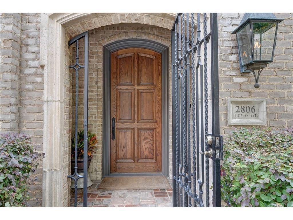 Thomas Street door