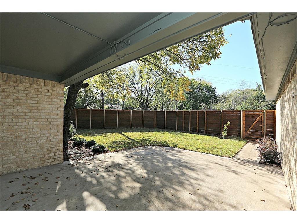 11515 Lochwood Backyard