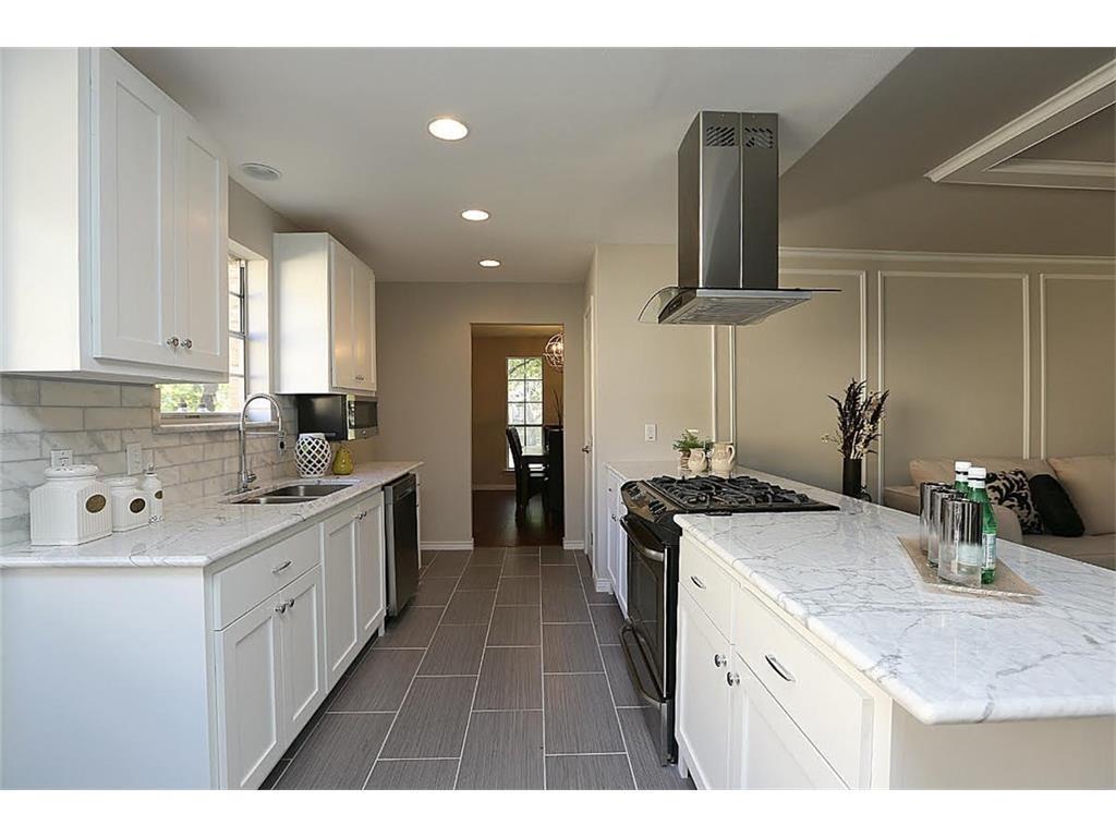 11515 Lochwood Kitchen