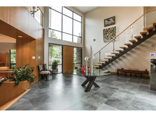2219 Kessler Woods Ct. Foyer 2