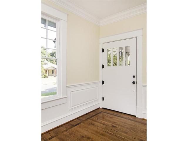 307 N. Winnetka Front Door