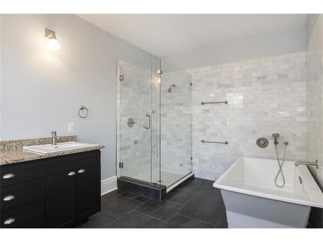 314 S. Winnetka Master Bath