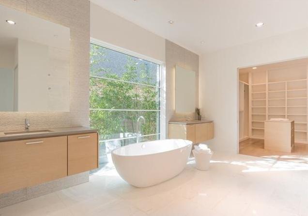 6722 Deloache master bath 1