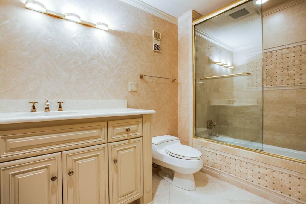 Bath 1 15A