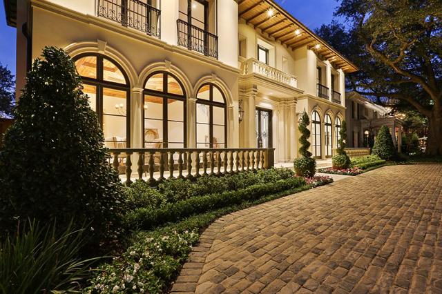 Designed-and-built-by-Avida-Custom-Homes-Large-3