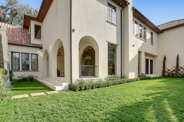 Designed-and-built-by-Avida-Custom-Homes-Large-9