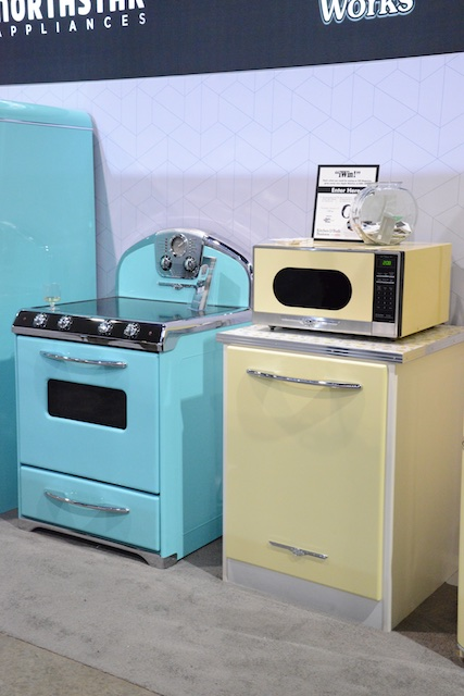 Northstar retro appliances (Photo: Lisa Stewart Photography)