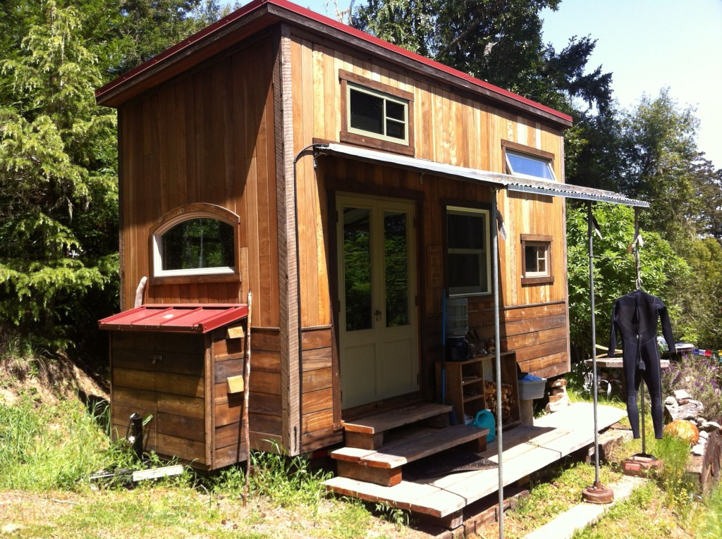 colins-tiny-house