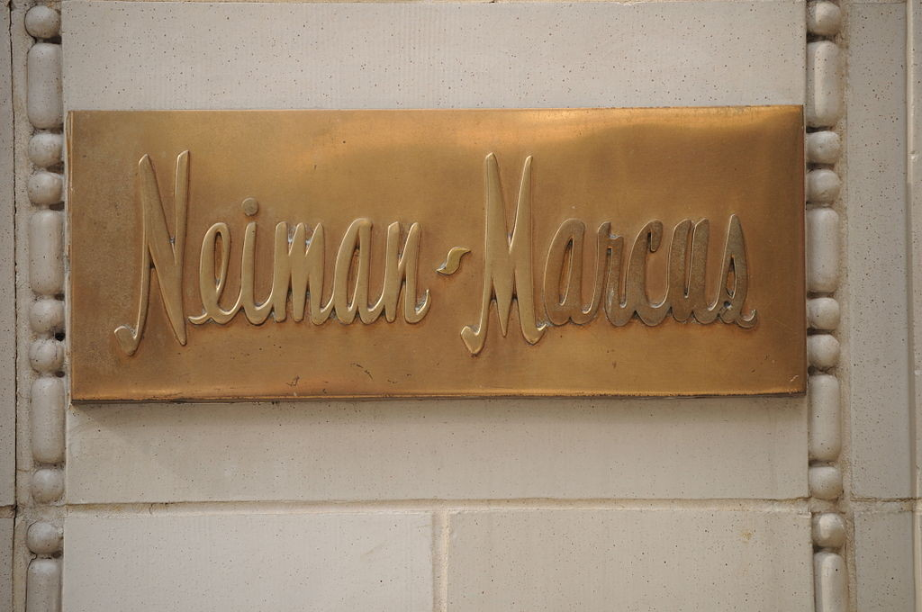 1024px-Neiman_Marcus_flagship_store_-_sign
